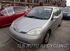 Parting Out Stock# 7014GR 2002 Toyota Prius