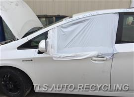 2015 Toyota Prius Car for Parts