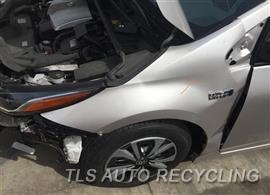 2017 Toyota Prius Parts Stock# 9216RD