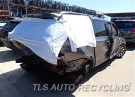 2011 Toyota Sienna Car for Parts