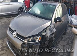 Parting Out Stock# 00022Y 2015 Volkswagen Golf