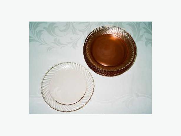 SET OF 12 ARCOROC PLATES