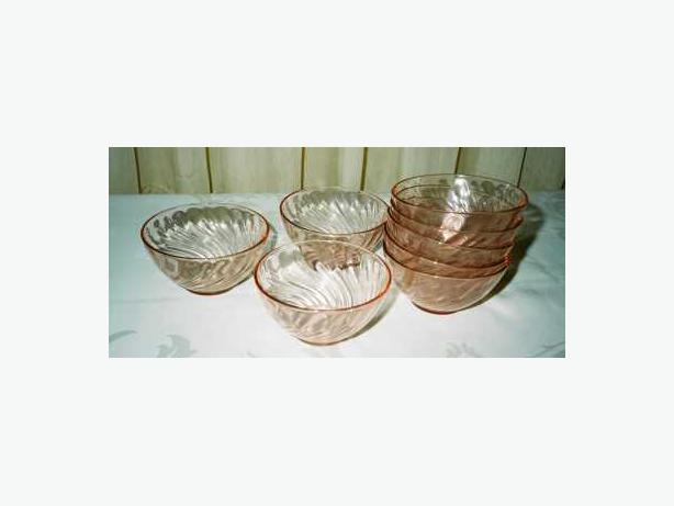 SET OF 8 ARCOROC SALAD BOWLS