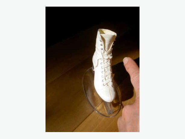 Miniature Figure Skate