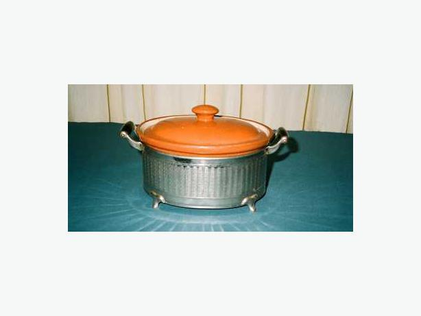 ANTIQUE GUERNSEY COOKING WARE