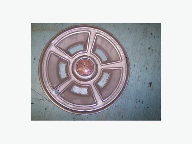 1970 pontiac gto hub caps