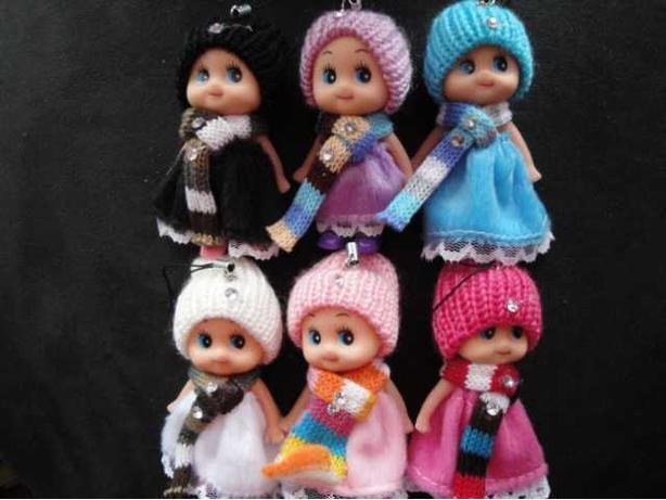 DDUNG DOLL PHONE BAG KEY CHAIN