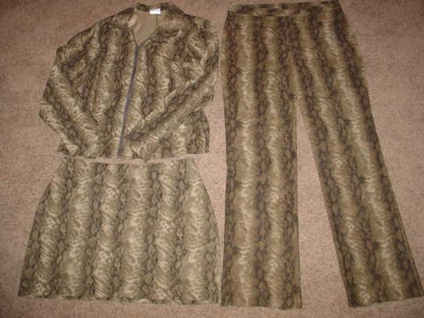 Women's Suit - Size 11
