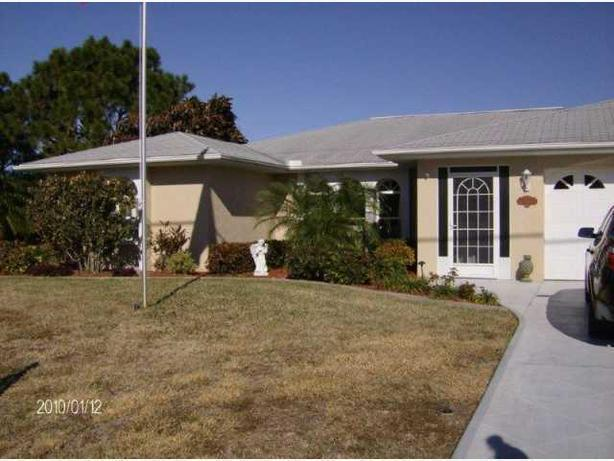 Florida's Gulf Coast in Rotonda West (Englewood FL) three bedroom home