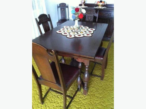 **Price reduced**  Early 60's dining room set for sale - mint condition!