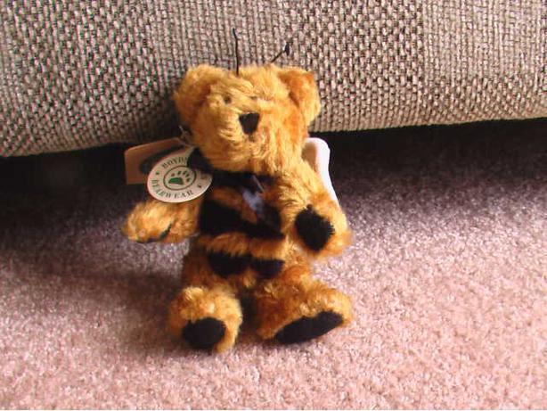 Bud Buzzby Boyd's Bear