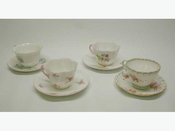 Group of 4 Shelly Tea Cups