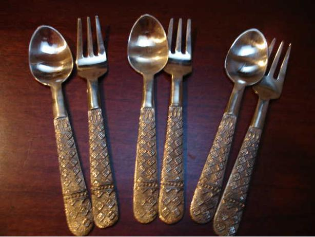 Beautiful 12 Pairs Set of  Solid BrassTeaspoons & Forks with Fine Exotic Design