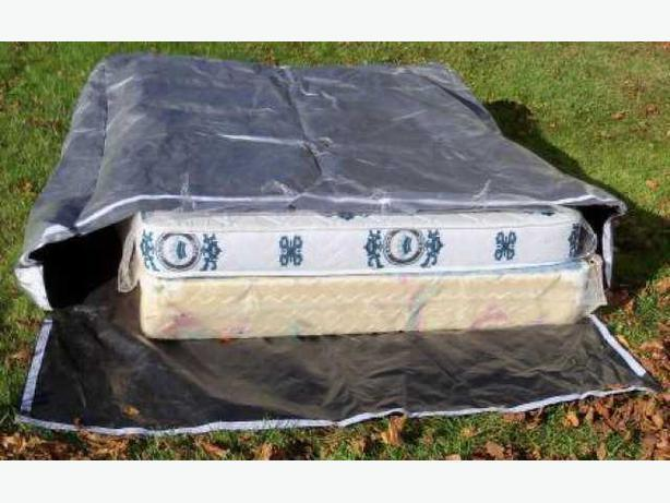 Waterproof cover for moving mattresses