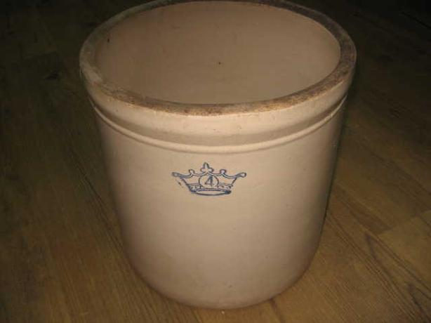 ANTIQUE BLUE CROWN 4 GALLON CROCK