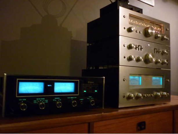 LOOKING TO BUY YOUR VINTAGE STEREO EQUIPMENT