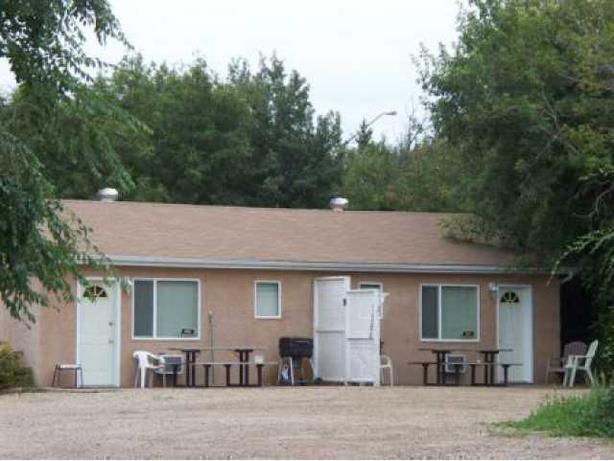 For Rent- cabin rentals in Regina Beach, Sk, Canada