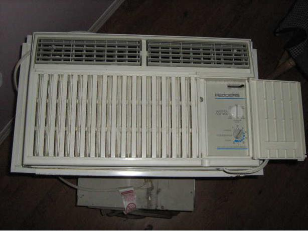 5000 BTU Fedders Window Air Conditioner