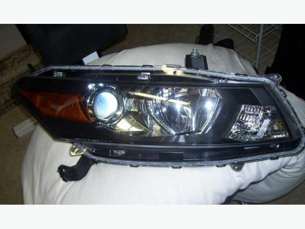 2009 Honda Accord EXL right head light