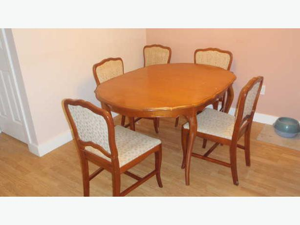 Cherry wood dinning set