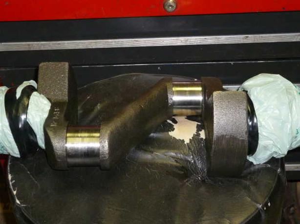 R40A 15Hp. Used Champion Crankshaft Part # M1458
