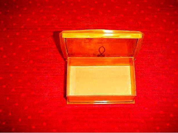 VINTAGE PLASTIC BOX