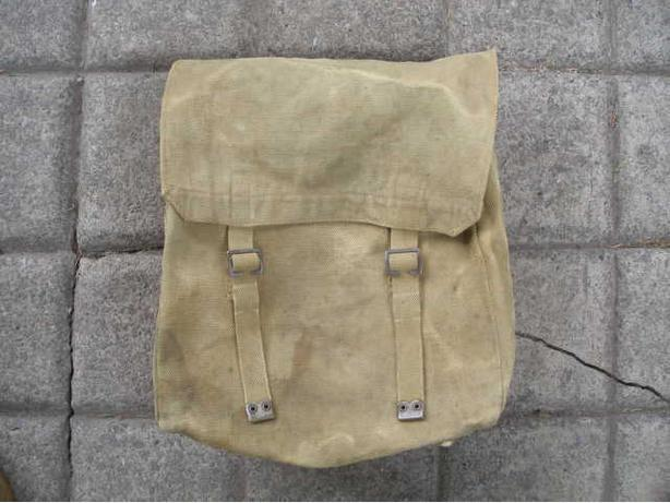 **** Antique W.W.I / W.W.II Military Back Pack ****