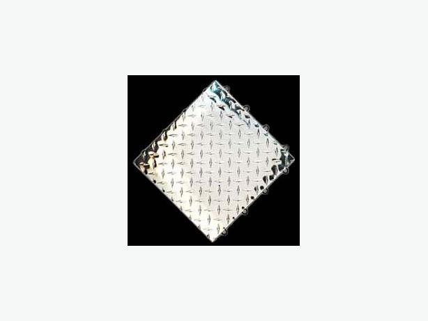 Interlocking Modular METAL Diamond Plate Flooring System