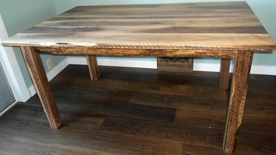 New Live Edge Black Walnut Rustic Dining Table South East  : 25831822934 from www.usedcalgary.com size 934 x 524 jpeg 60kB