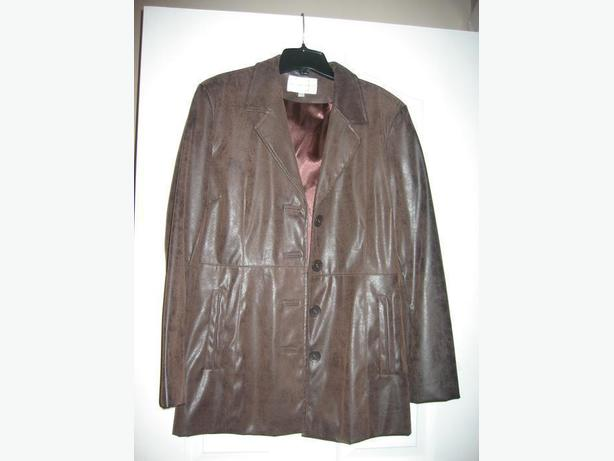 new Fairweather Brown Leather Like Vinyl 3/4 Jacket Coat  $10