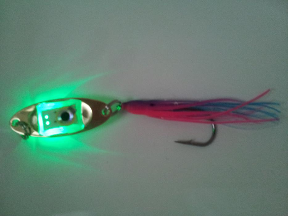 Best new fishing lures to catch salmon surrey incl white for Best bait for salmon fishing in the river