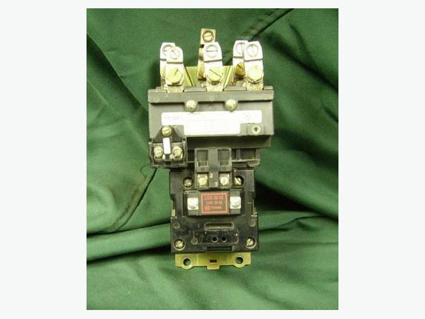 CONTACTOR SIZE 2 120VAC COIL 3PH  ALLEN BRADLEY  GOOD USED