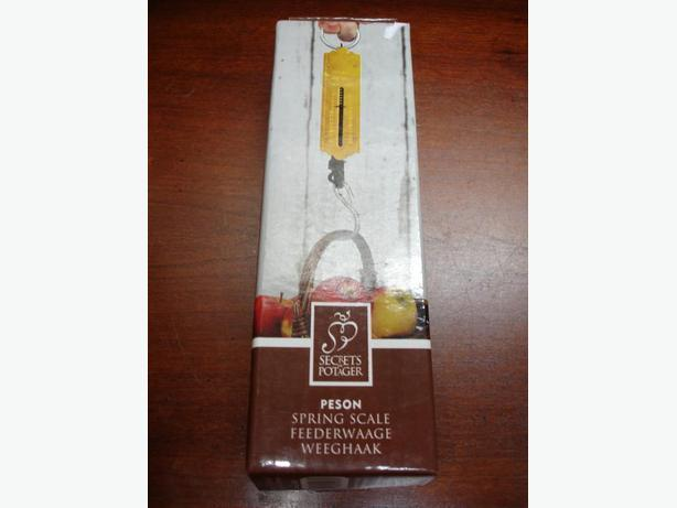 Compact Size Strong Solid Brass Spring Scale-Weigh up to 25K(56lbs)
