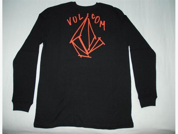 New Volcom Long Sleeve Shirt, Size Large