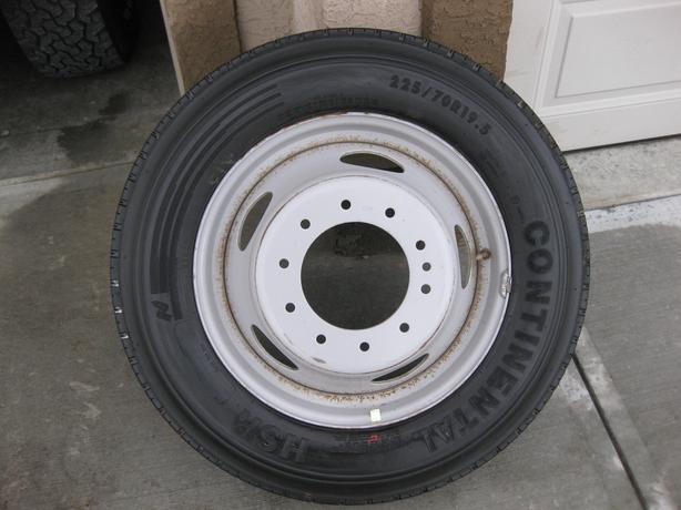 Used Tires Oshawa >> NEW CONTINENTAL TIRE 225/70R19.5..c/w 10 HOLE DUALLY RIM ...