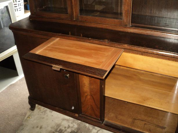 Antique German buffet/hutch