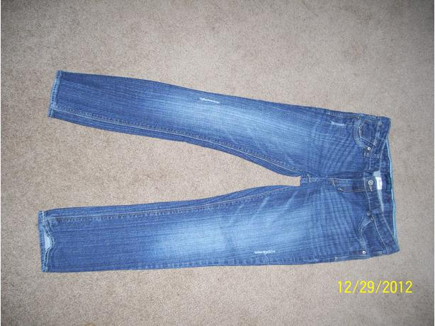 Girl's Levis jeans size 12 1/2 Plus  EXcellent condition