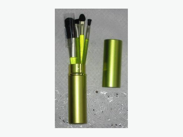 Lime green metal case with make-up brushes - new