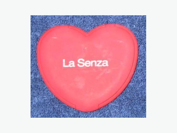 La Senza red heart-shaped mirror for purse - new