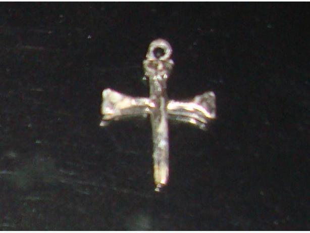 Beautiful Silver Cross Pendant - $10