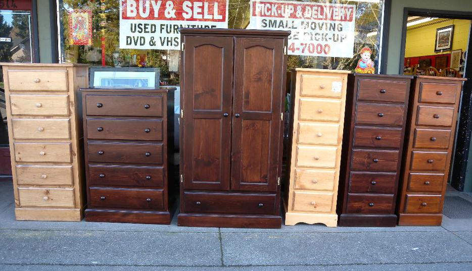 Pine dressers new arrival loi 39 s used furniture saanich for Consignment furniture clearwater