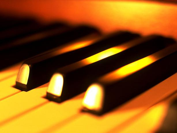 PRIVATE PIANO LESSONS - any age! Any Style! NOW REGISTERING!