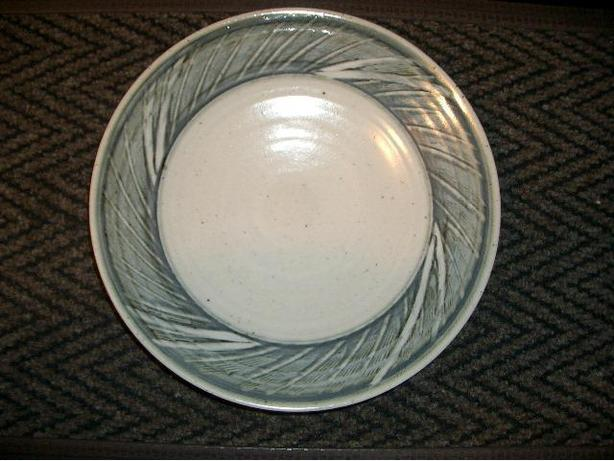 Display Plate: Grey/Blue/Green, 12.75 inch diameter