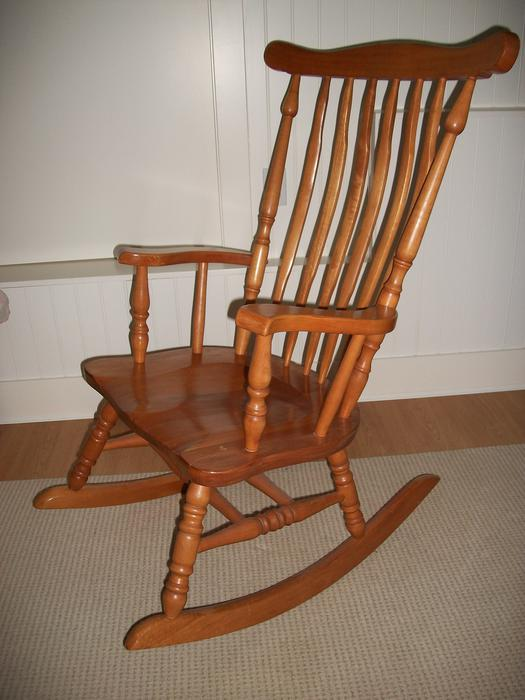 Classic Nursery Wooden Rocking Chair Youbou Cowichan