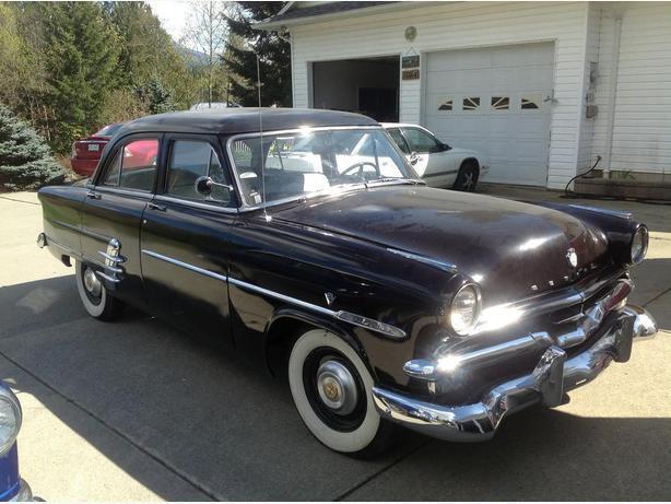 1953 Mercury Meteor/1951 Buick