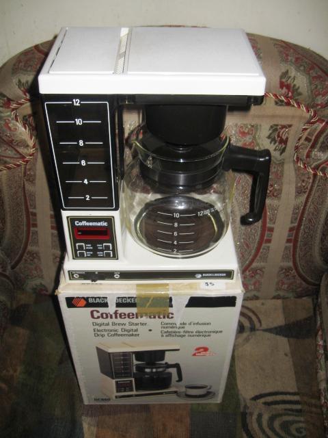 Black And Decker Coffee Maker Spring : Vintage Black and Decker Coffeematic Digital Drip Coffee Maker 12-Cup Central Ottawa (inside ...