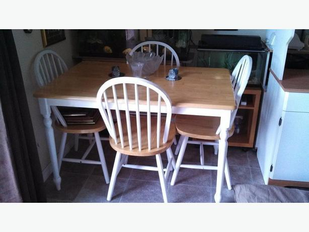 Natural Pine Amp White Kitchen Table With 4 Chairs Saanich