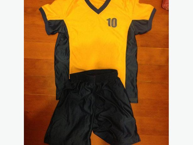 Swedish soccer outfit for tween/teen