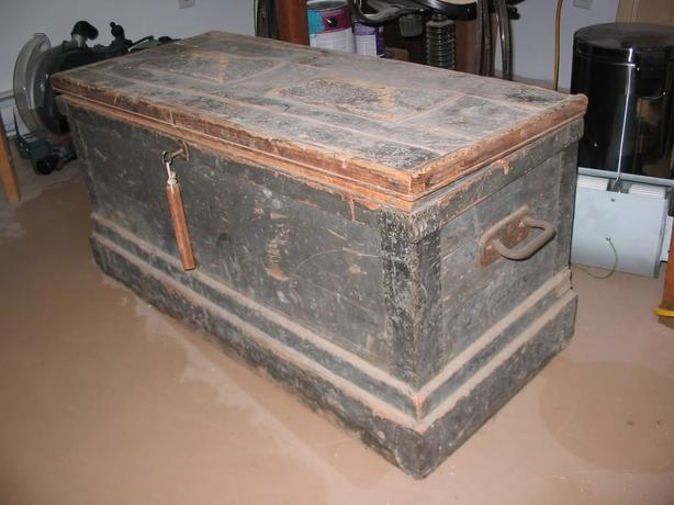 WANTED:Old Wood Tool boxes / Trunks East Regina, Regina