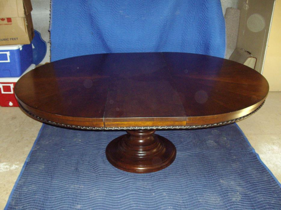 52 inch diameter table esquimalt view royal victoria